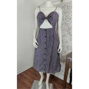 Pinup Style Keyhole Cutout Striped Midi Dress tie